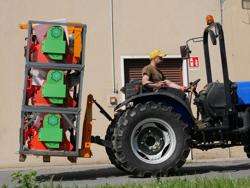 pallgaffel till lantbruks traktorer d 700