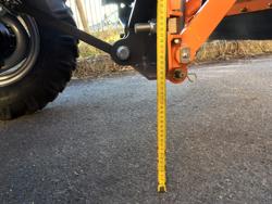 frontalt snöblad med universell platta till traktor ln 200 a
