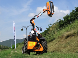 armklippare med skyttelkran til traktor airone 100
