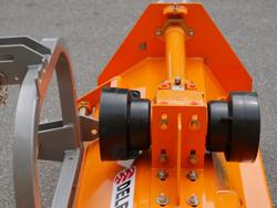 vändbar slagklippare beteputsare med sidoförskjutning arbetsbredd 140 cm för smala traktorer mod puma 140 rev