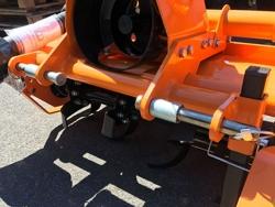 lätt jordfräs för traktorer kubota iseki carraro dfl 115