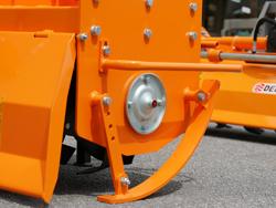 tung jordfräs för traktorer arbets bredd 180cm för jordbearbetning mod dfh 180