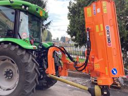 släntklippare med lucka för traktorer alce 220