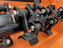 armklippare med skyttelkran til traktor condor 100