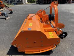 slagklippare med justerbar offset betespussar med hammarslagor för traktorer med 60 90hk tigre 200