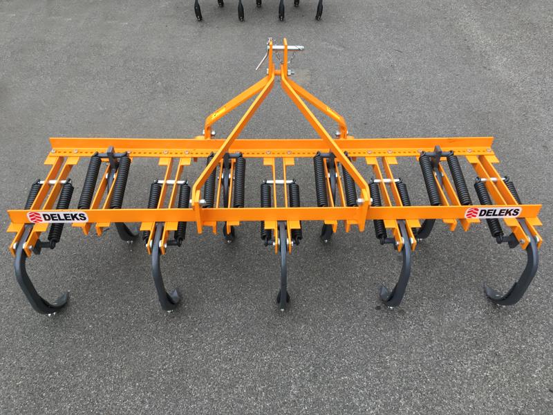 kultivator-215cm-kultivator-med-fjädrar-for-jordbearbetning-mod-de-215-9-v