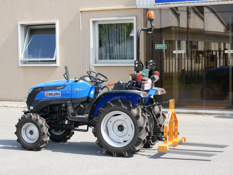 pallgaffel-för-traktorer-som-kubota-d-300