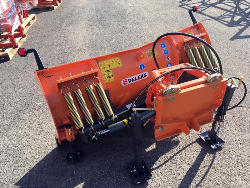 frontalt-snöblad-med-universell-platta-till-traktor-ln-200-a