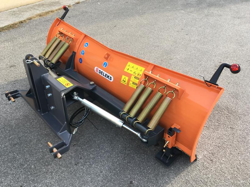 frontalt-snöblad-med-3-punkts-fäste-till-traktor-ln-200-c