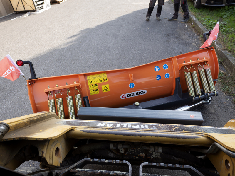 medium-tungt-snöblad-lastare-upp-till-3-ton-ln-175-m