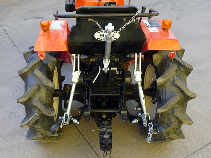 tre-punktslyft-för-små-traktorer-kubota-iseki
