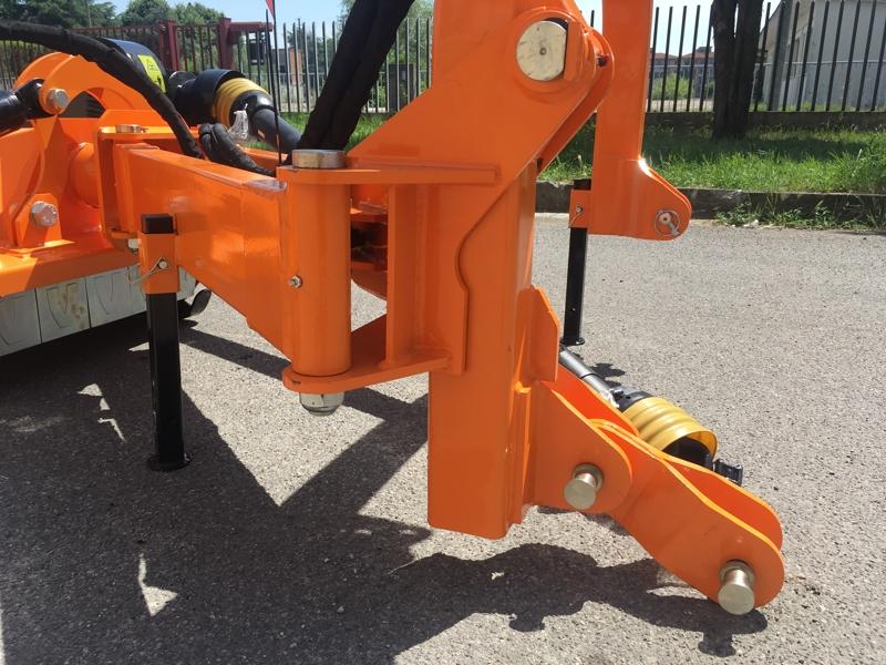 släntklippare-med-lucka-för-traktorer-alce-140
