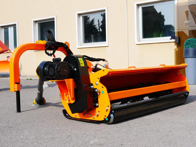släntklippare-med-lucka-för-traktorer-alce-200