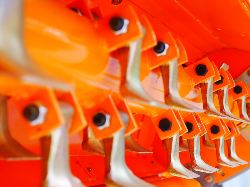 slagklippare-betesputsare-med-justerbar-sidoförskjutning-slaghack-för-traktorer-med-70-100hk-rino-200