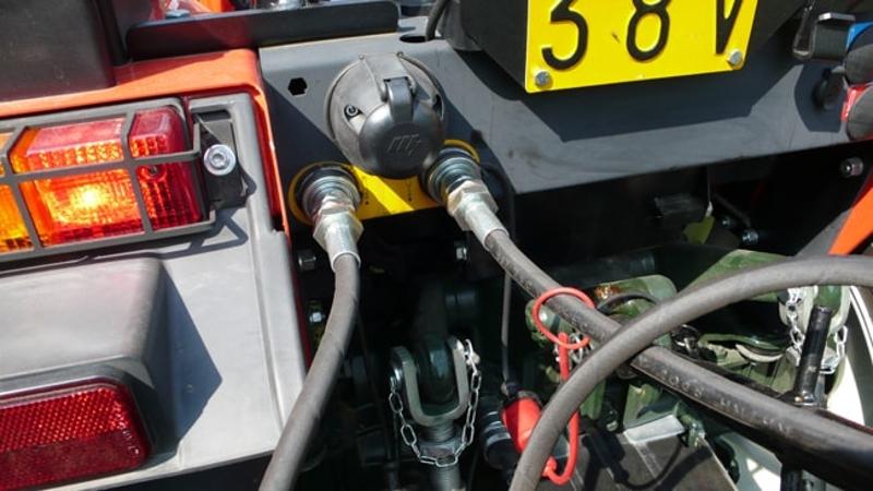 pri-180-h-hydraulisk-transportskopa-med-tipp-traktorer-50-90-hk