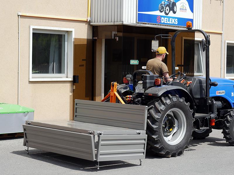 transportlåda-för-traktor-t-1800