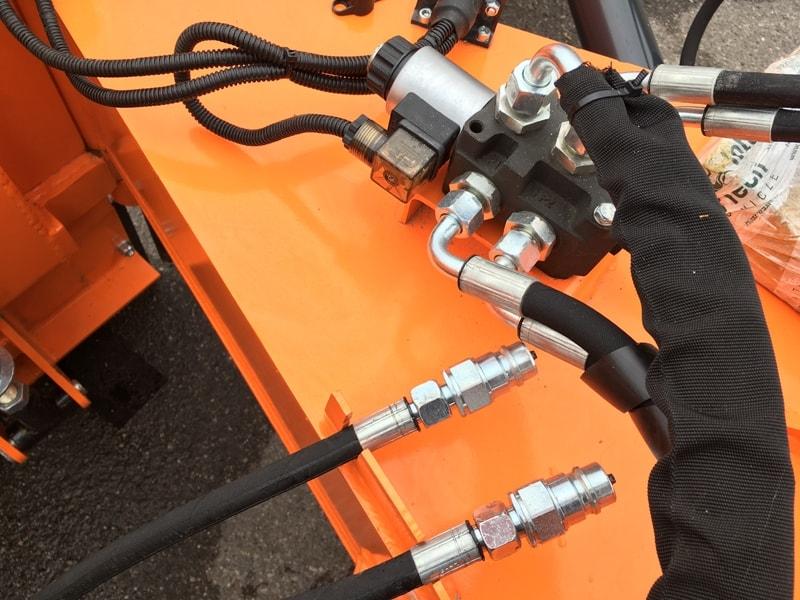 tung-snöplog-för-hjullastare-lnv-315-w