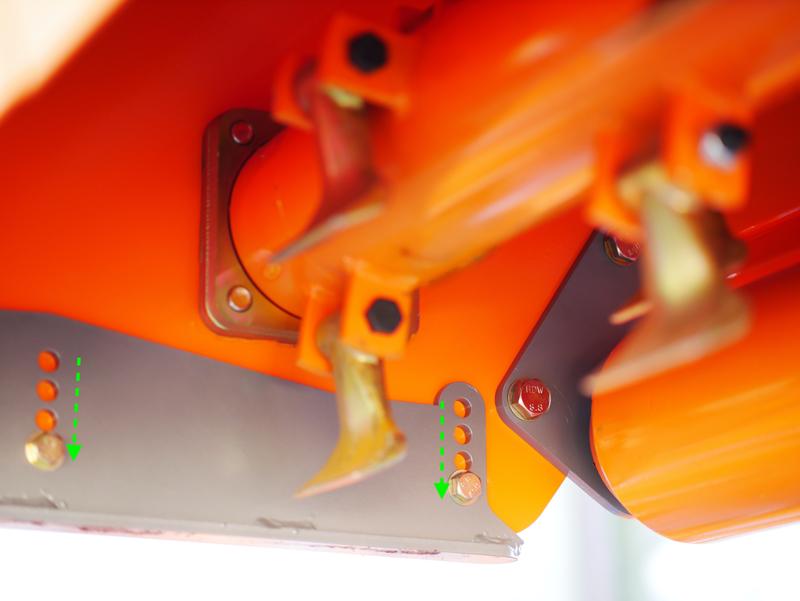 slagklippare-med-hammarslagor-för-traktorer-med-reversibel-montering-hydraulisk-sidoförskjutning-för-plantager-mod-rino-140-rev
