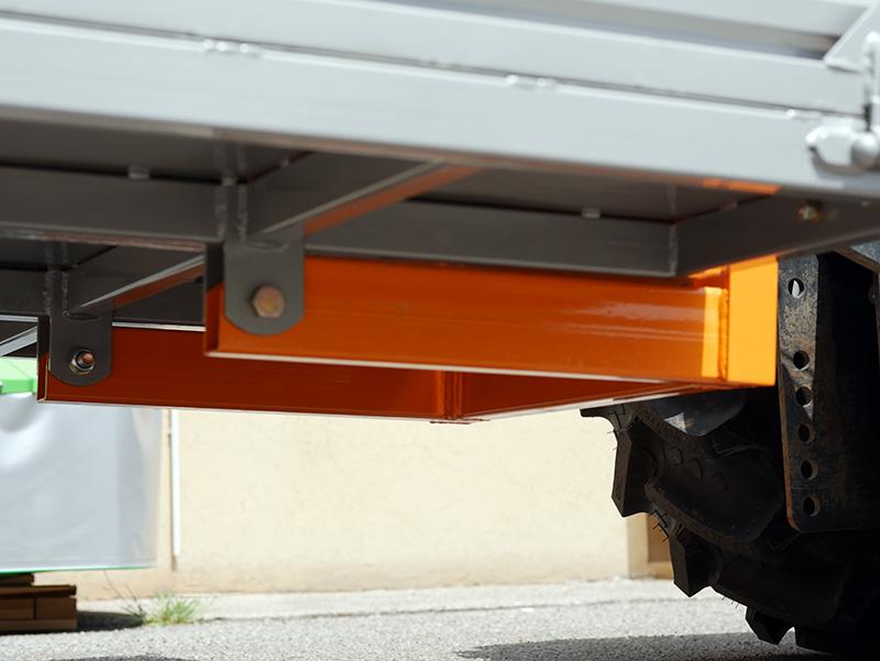 transportlåda-för-traktor-t-1400