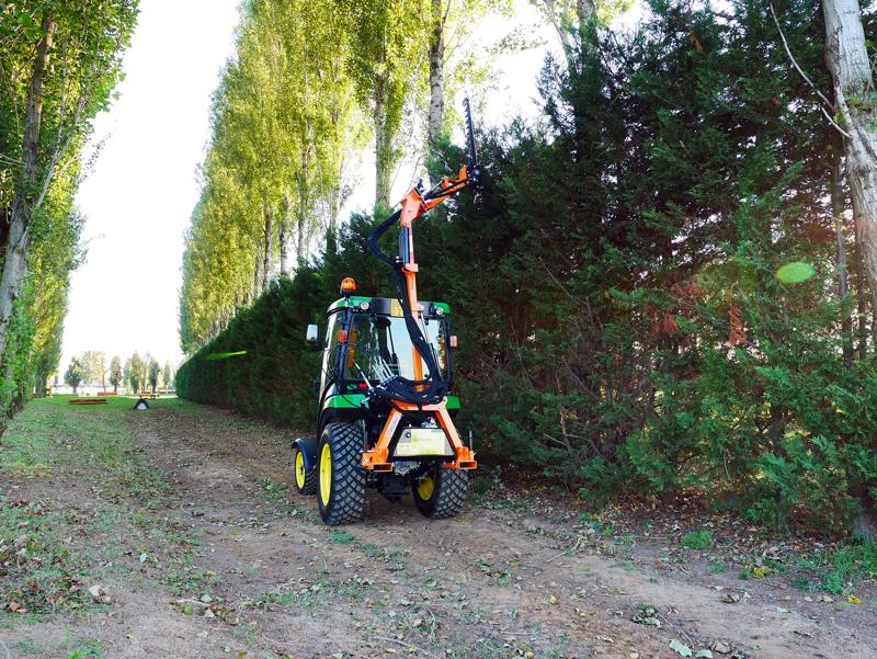 hydraulisk-gren-och-häck-klipper-til-traktor-falco-180-h